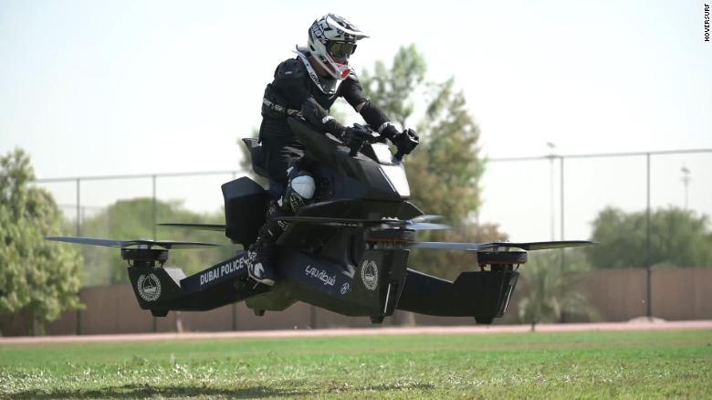 लाइसेन्स नै नचाहिने उड्ने मोटरसाइकल
