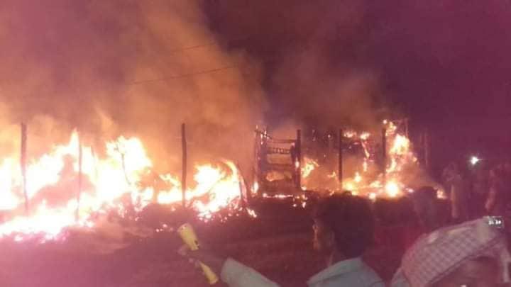 दीपावलीको दियोले भिखमपुरमा जल्यो ७ घर, १० लाखको क्षति