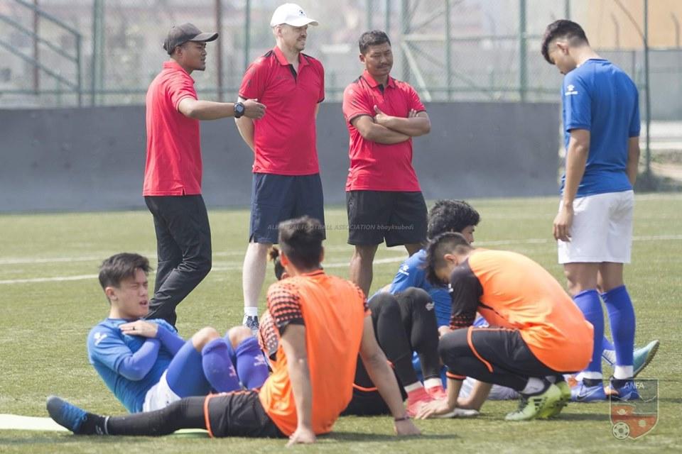 मैत्रीपूर्ण खेलको लागि नेपाली टोली घोषणा, विमल र भरत परेनन्, को-को परे?