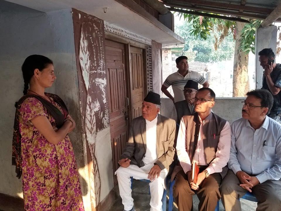 निर्मला पन्तको घरमा कांग्रेस वरिष्ठ नेता रामचन्द्र पौडेल, 'सरकारलाई हत्यारा पत्ता लगाउन दबाव दिन्छौं'