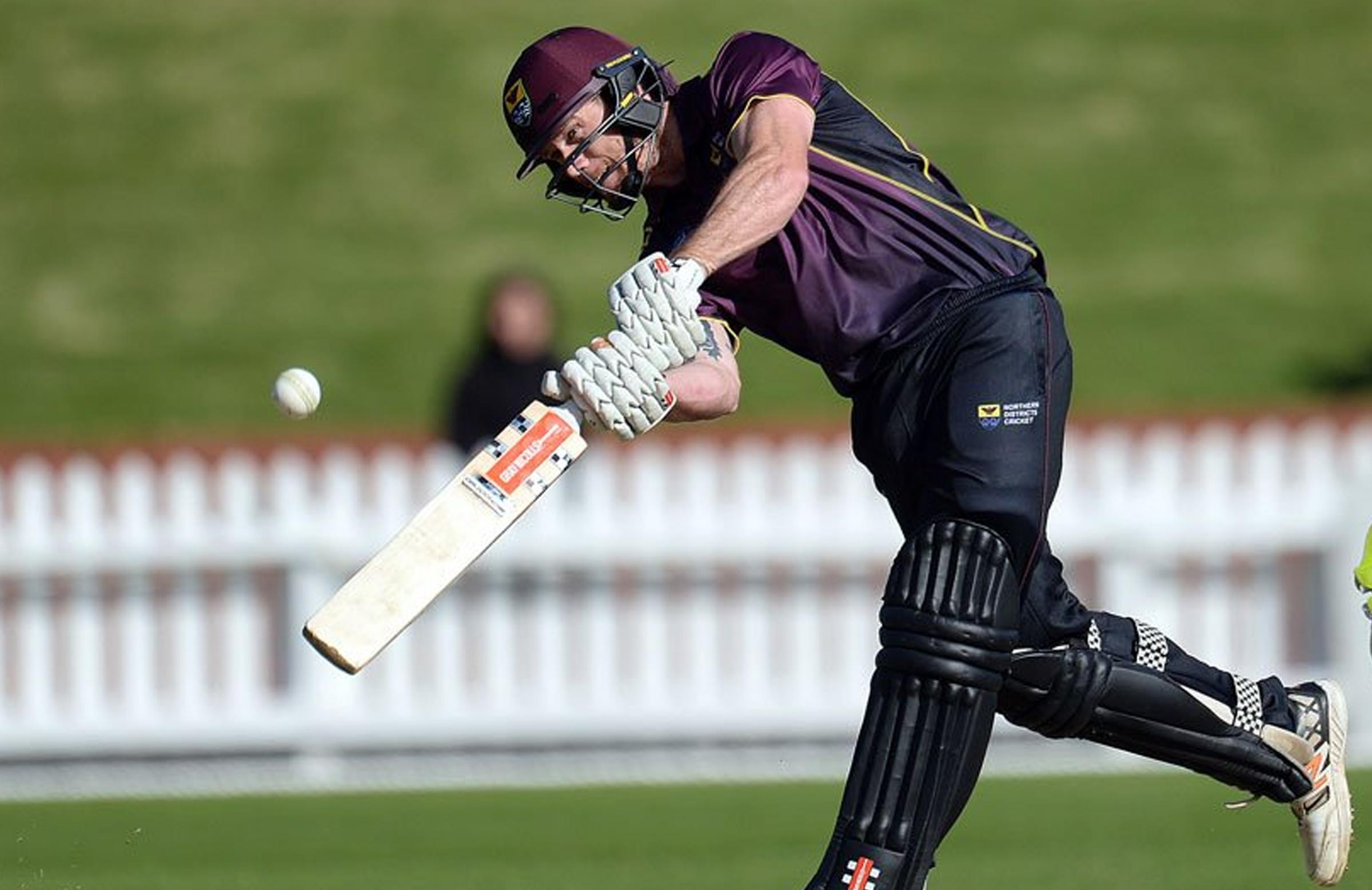 एकै ओभरमा ४३ रन, न्यूजिल्याण्डका खेलाडीले बनाए नयाँ कीर्तिमान