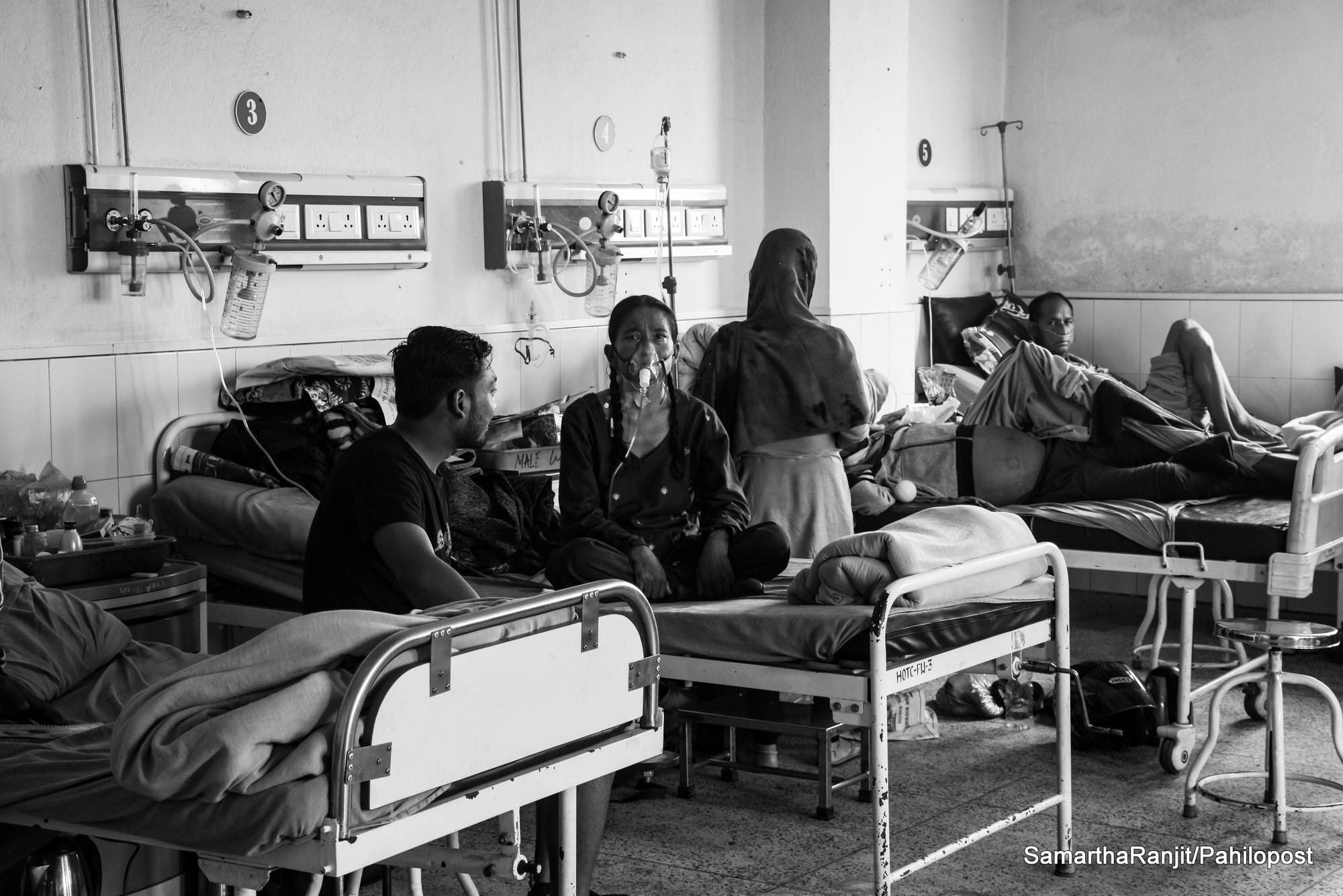 बाँच्ने आशामा निषेधको त्रास : विरामी र कुरुवा उत्रिए अस्पतालविरुद्ध, नर्सको बिजोग उस्तै