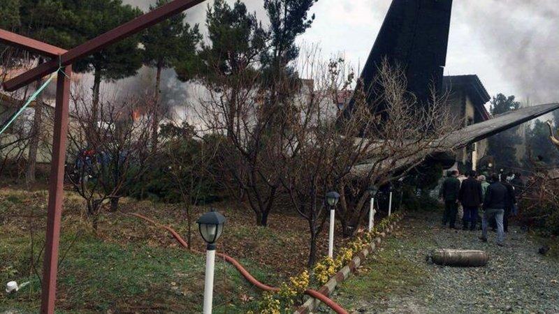 इरानमा कार्गो विमान दुर्घटना: १५ जनाको मृत्यु, एक जनाको उद्धार
