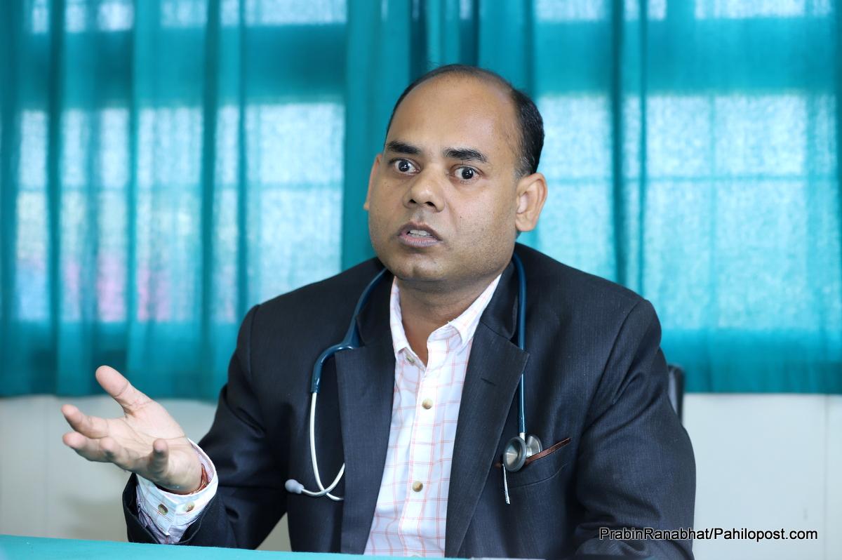 डाक्टर दासको बालुवाटारमा दोस्रो इन्ट्री : प्रम ओलीअघि पनि गरेका थिए अर्का प्रधानमन्त्रीको उपचार