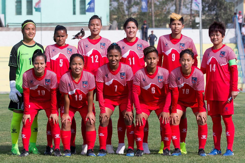 महिला फुटबल खेलाडीलाई एन्फाले एक-एक लाख दिने