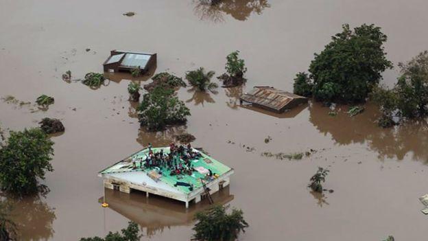 मोजाम्बिकमा इडाई समुन्द्री आँधी: मृत्यु हुनेको संख्या एक हजार नाघ्यो