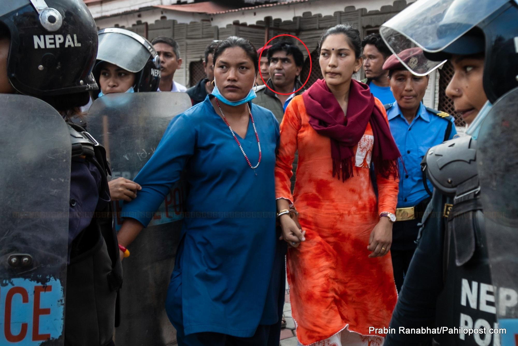 उत्तम सञ्जेलकी पत्नीसहित ३ जनासँग अदालतले माग्यो ३/३ लाख धरौटी, अब हिरासत बाहिरै बसेर मुद्दा लड्न पाउने