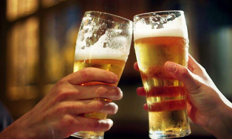 नेपालीको रोजाइमा 'लोकल' बियर र भोड्का, ह्वीस्की भने 'विदेशी' प्यारो