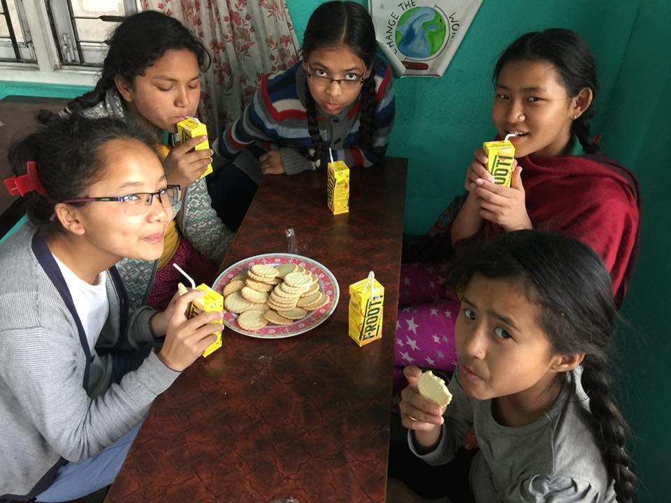 काठमाडौंका बालबालिकामा जंक फुडको प्रभाव डरलाग्दो