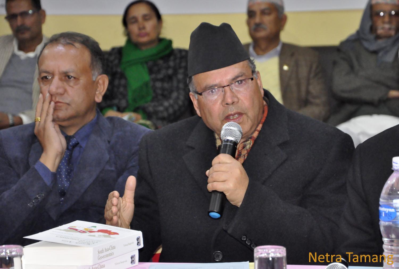 कतिपय आइएनजिओहरु नेपालका लागि खतरनाक रहेछन् : झलनाथ खनाल