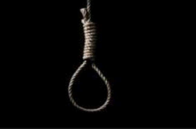 दुई किशोरीद्वारा झुण्डिएर आत्महत्या, दुबै १३ वर्षका