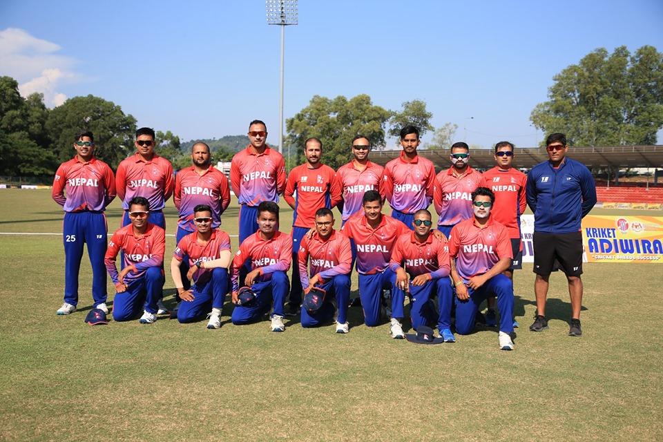 नेपाली क्रिकेट टोली सिंगापुर पुग्यो, क्वालिफायरमा मंगलबार कतारसँग पहिलो खेल खेल्ने