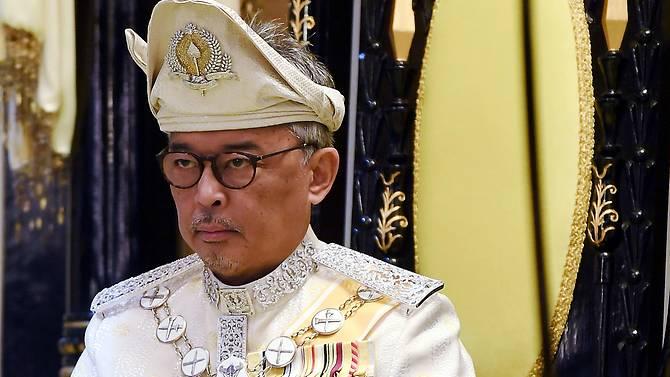 तेङकु अब्दुल्लाहलाई मलेसियाको नयाँ राजा बन्ने बाटो खुला, मंगलवार शपथ लिँदै